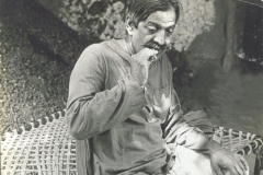 Dr M R Patel Performing in Drama as a Makanji Mukhi